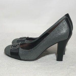 Isola Pumps Heels Textured Silver w/ Black Trim 9